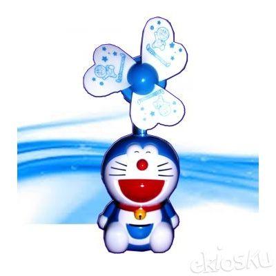 •Kipas Angin Doraemon Duduk Full Body Sistem Cas Listrik Koleksi Lucu