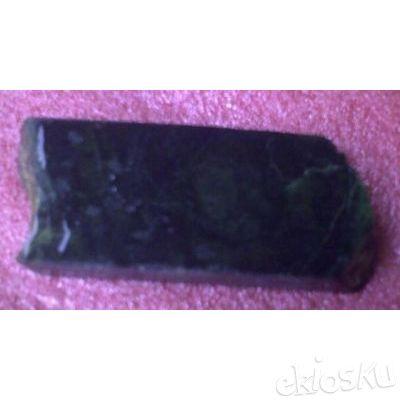 Black Jade Bahan Kristal Tembus