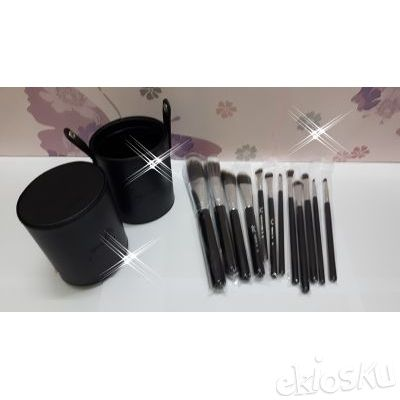 kuas make up , kuas set , brushes set isi 12 bahan bulu kambing model tabung case