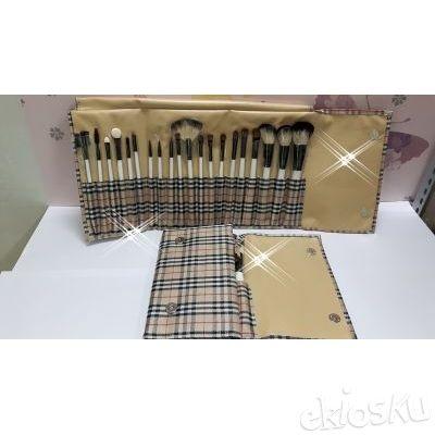 kuas make up , kuas set , brushes set isi 20 bahan bulu kambing model burrberry