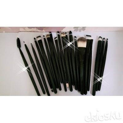 kuas make up , kuas set , brushes set isi 15 bahan bulu nylon