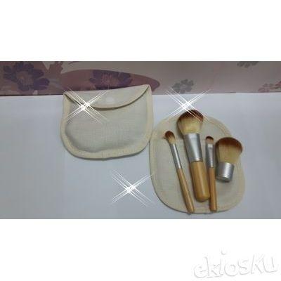 kuas make up , kuas set , brushes set isi 4 bahan bulu sintetis model dompet kain