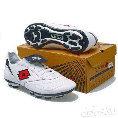 Sepatu Bola Basama Soga BEN 076